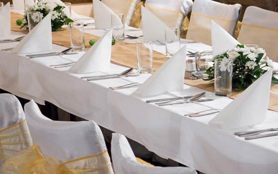 Curso online de protocolo ceremonial y catering
