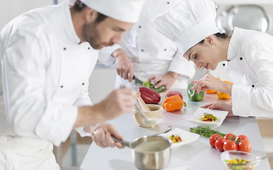 Curso online de cocina profesional aprendum for Material de cocina profesional