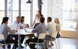 Maestria en línea (Online) en Comunicación Empresarial y Corporativa (Titulación Universitaria)